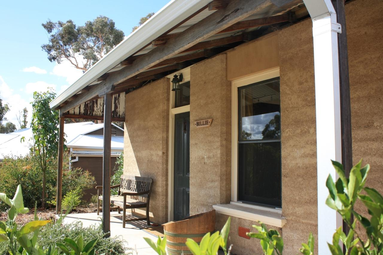 Hotham Ridge Winery and Cottages - Accommodation BNB