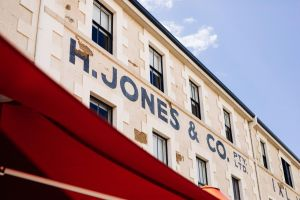 The Henry Jones Art Hotel - Accommodation BNB
