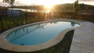 Palm Lakeside Holiday Home - Bowen Whitsundays Queensland - Accommodation BNB