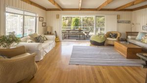 Rennies Retreat-Bushland  Ocean Views - Accommodation BNB