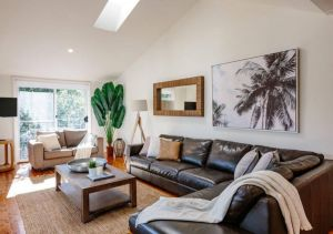Seagrass House - Modern North Avoca Oasis - Accommodation BNB