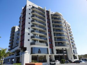 Springwood Tower Apartment Hotel - Accommodation BNB