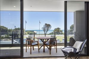 Blairgowrie Apartment 1 - on the beach - Accommodation BNB