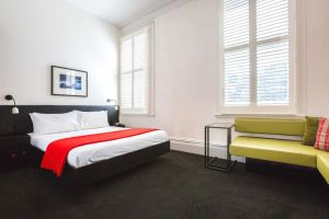 Middle Park Hotel - Accommodation BNB