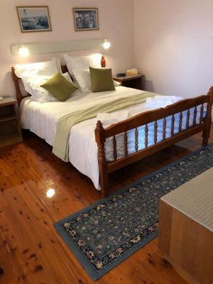 Wine Country drive Guest House - Accommodation BNB
