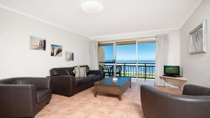 10T Beachfront Apartments - Accommodation BNB