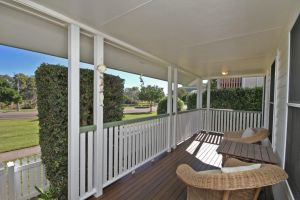 16 Beachway Pde Marcoola Linen Incl WiFi Pet Friendly A/Cond. 500 BOND - Accommodation BNB