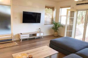 2 Bedroom SHORT walk to CBDBEACH and DARBY ST - Accommodation BNB