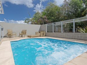 516 'Oaks Pacific Blue' 265 Sandy Point Road- private pool aircon WIFI - Accommodation BNB