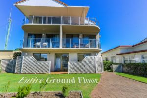 Acacia Kingscliff Town Holiday Apartment - Accommodation BNB